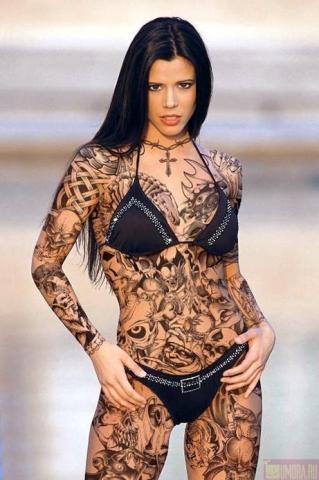 Mögen Frauen Tattoos an Männern?