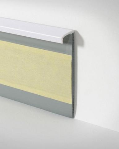 welche sockelleisten f r klick vinyl boden pvc laminat ausbau badezimmer feuchtraum. Black Bedroom Furniture Sets. Home Design Ideas