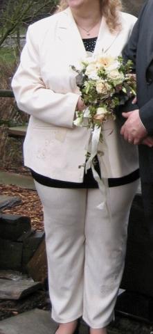 Was soll ich zur Hochzeit anziehen? (Klamotten, Standesamt)