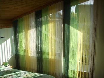 welche vorh nge passen zu der wandfarbe farben. Black Bedroom Furniture Sets. Home Design Ideas