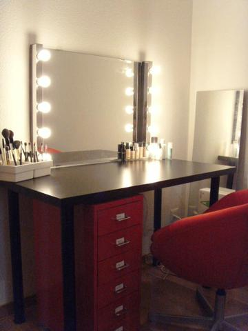hollywood spiegel schminktisch lampen. Black Bedroom Furniture Sets. Home Design Ideas