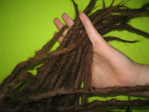 wo kann ich mir dreadlocks machen lassen rastalocken haare. Black Bedroom Furniture Sets. Home Design Ideas