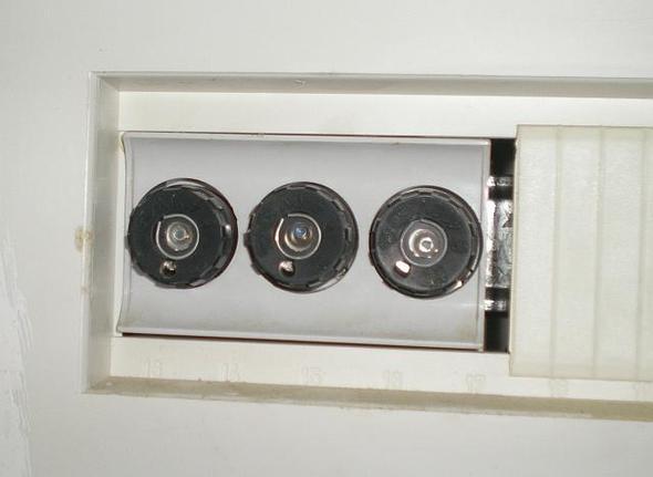 ein cerankochfeld defekt hat jemand einen tip haushalt reparatur. Black Bedroom Furniture Sets. Home Design Ideas