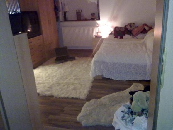 welches holz m bel passt zu diesem laminatfu boden laminat einrichtung fussboden. Black Bedroom Furniture Sets. Home Design Ideas