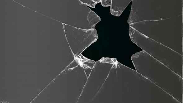 desktop wallpaper so aussehen lassen als w re das glas gebrochen bilder photoshop. Black Bedroom Furniture Sets. Home Design Ideas