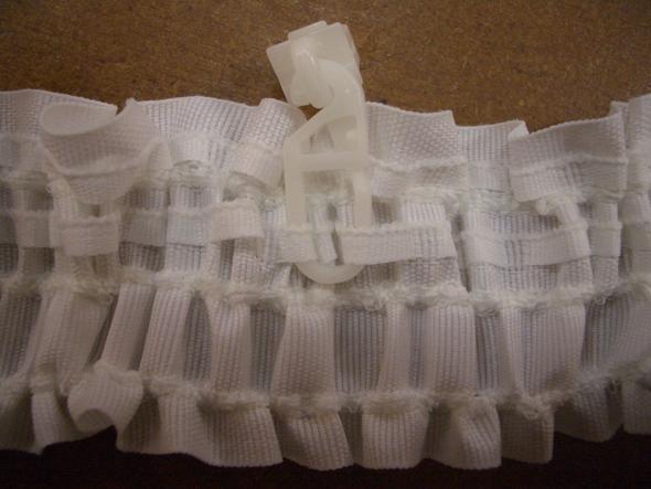 vorhang store gardine aufh ngen mit vorhanggleiter oder vorhanghaken in welchen abst nden. Black Bedroom Furniture Sets. Home Design Ideas