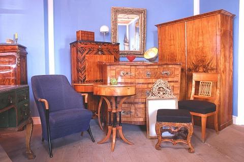biedermeier m bel in m nchen und umgebung wer kennt eine. Black Bedroom Furniture Sets. Home Design Ideas