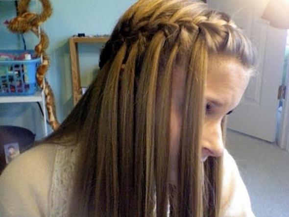 Half Up Hairstyles Medium Wasserfall Frisur Locken Elegante Hochzeit