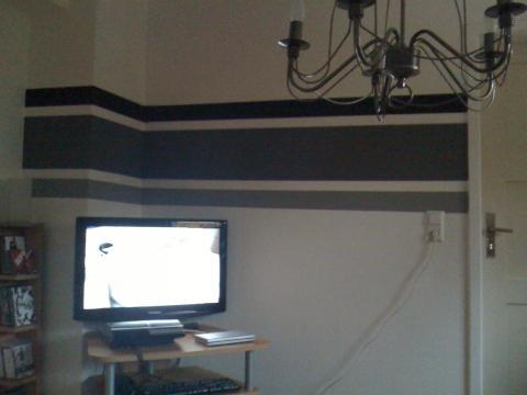 wohnzimmer schwarz weis streichen kreative deko ideen