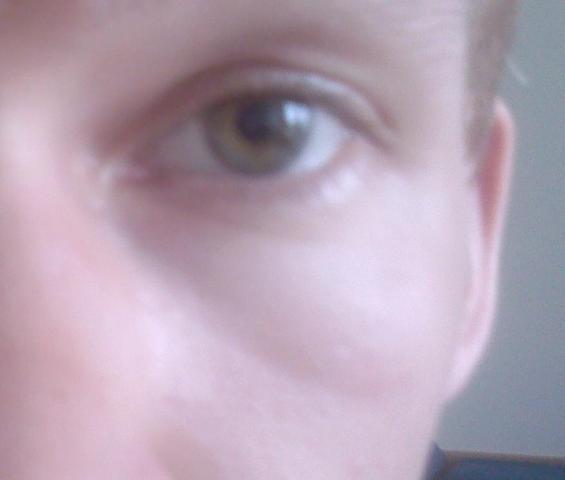 Die befeuchtenden Masken für die Person und der Haut um die Augen
