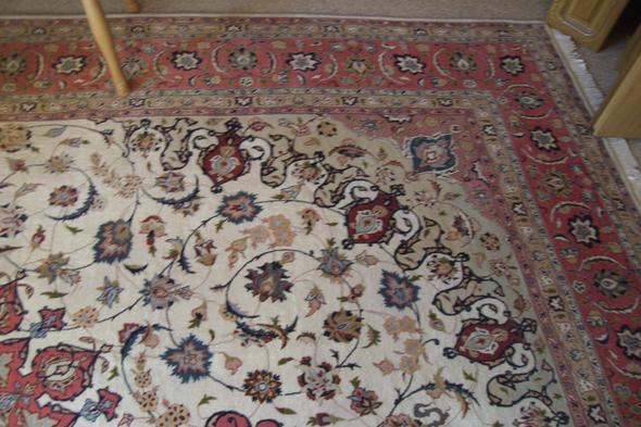ich will einen orientteppich verkaufen wie soll ich beim verkauf am besten vorgehen teppich. Black Bedroom Furniture Sets. Home Design Ideas