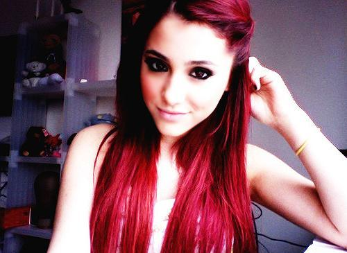 ich will mir die haare rot f rben wie ariana grande hab. Black Bedroom Furniture Sets. Home Design Ideas