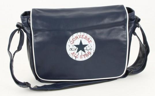 laptoptasche von converse gut f r die schule geeignet. Black Bedroom Furniture Sets. Home Design Ideas