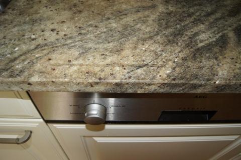 meine platte hat einen sprung und jetzt granit k che arbeitsplatte. Black Bedroom Furniture Sets. Home Design Ideas