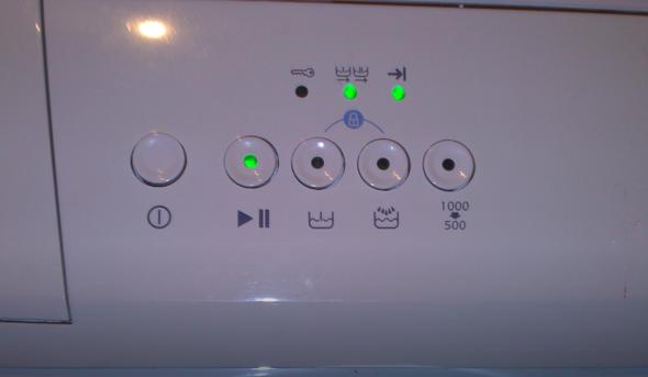 meine waschmaschine startet nicht elektronik technik. Black Bedroom Furniture Sets. Home Design Ideas