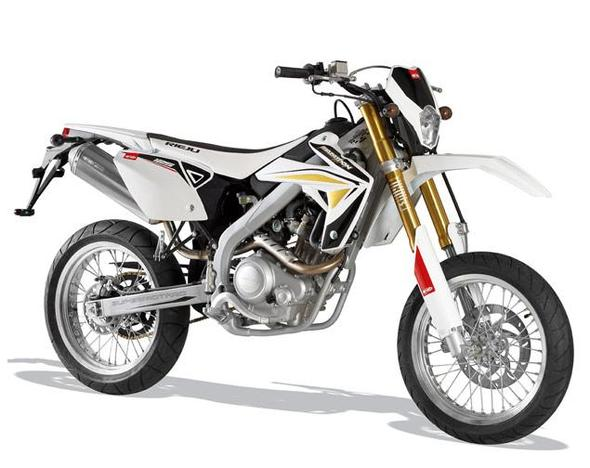 omg supermoto oder cross von rieju d motorrad motor 125ccm. Black Bedroom Furniture Sets. Home Design Ideas