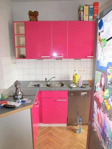 pinke k che welche farbe passt dazu arbeitsplatte pink. Black Bedroom Furniture Sets. Home Design Ideas