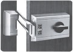 sicherheitsschloss einbauen lassen kosten sicherheit schloss. Black Bedroom Furniture Sets. Home Design Ideas