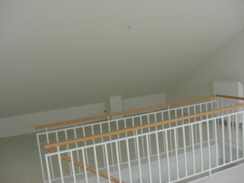 treppen aufgang verkleiden und eine t r einbauen dachgescho studio gestalten handwereken. Black Bedroom Furniture Sets. Home Design Ideas