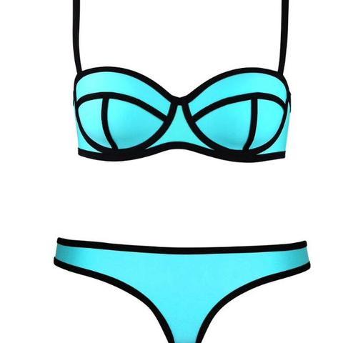 triangl bikini blau trianglbikini. Black Bedroom Furniture Sets. Home Design Ideas