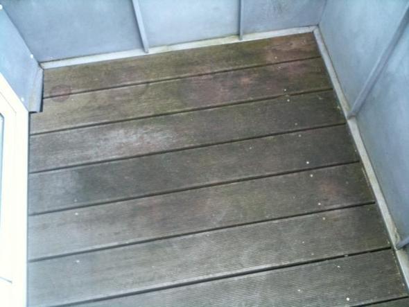 wie kriege ich mein holzboden wieder sauber sch n wasserschaden balkon putzen. Black Bedroom Furniture Sets. Home Design Ideas