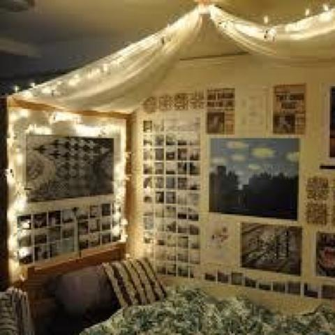 Zimmer mit tuch dekorieren dekoration for Zimmer deko dachschrage