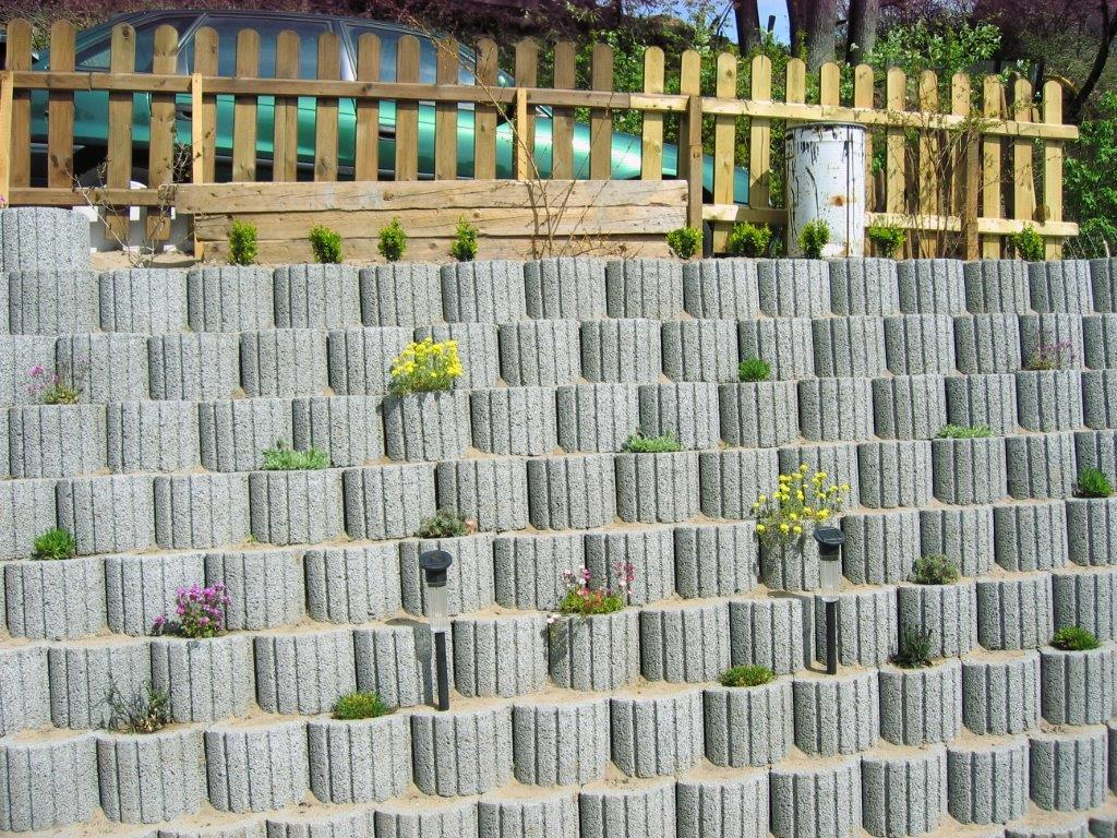 Stützmauer Günstig Selber Bauen Fkh