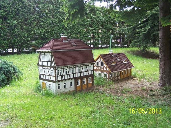 Miniatur fachwerkhaus bauen schule technik holz for Fachwerkhaus bauen