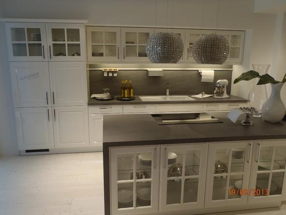 Wie kann man einen raum im landhausstil modern wirken for Villa einrichten