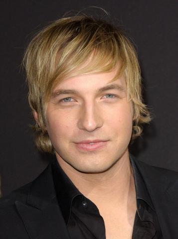Ryan Hanser - Blondierte Haare. - (Haare, Beauty, Junge)
