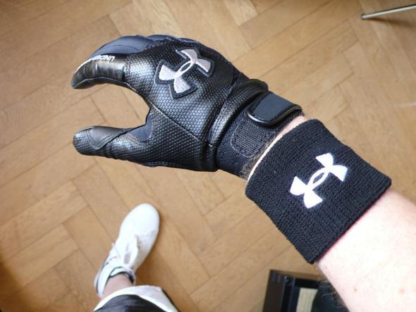 Under Armour batting gloves - (Fitness, Bodybuilding, Handschuhe)