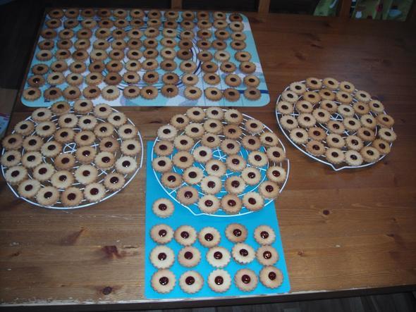 spitzbuben - (backen, Kekse, Plätzchen)