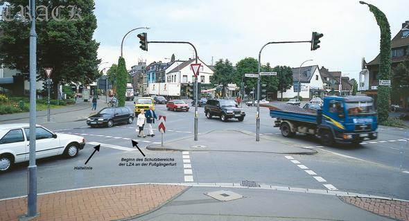 Ampel Schutzbereich - (Verkehr, Blitzer)