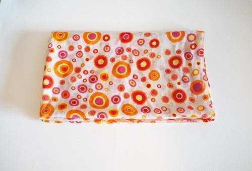 Orange Punkte und Pinke Kreise Schal von bilasari.com - (Kleidung, Klamotten, Winter)