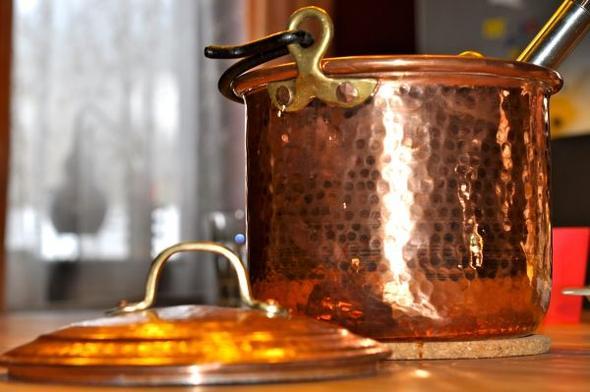 Kochen im Destillatio Kupfertopf - (kochen, Küche, Geschmack)
