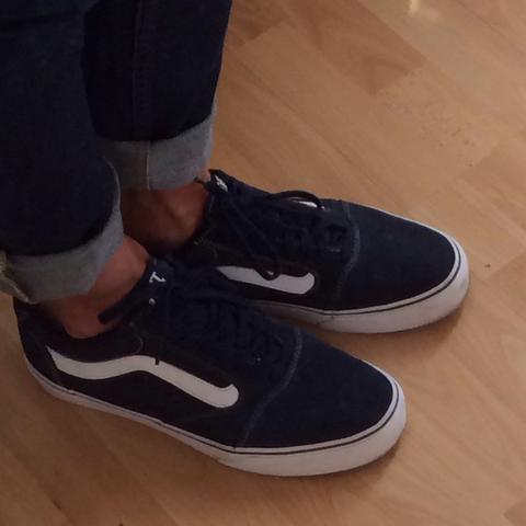 1. Paar - (Schuhe)