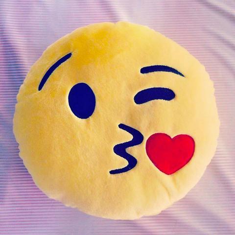 Kuss Smiley Kissen - (WhatsApp, Smiley, Kissen)
