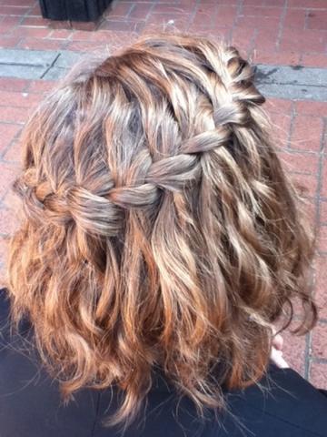 Frisuren Festliche Frisuren Fur Kinnlanges Haar