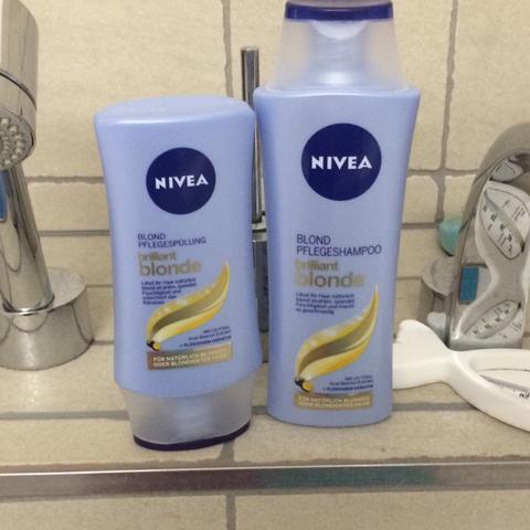 Shampoo Zum Haare Aufhellen Blond