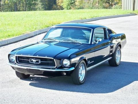 Ford Mustang Fastback GTA 390 - (Auto, Mietwagen, Ford Mustang)