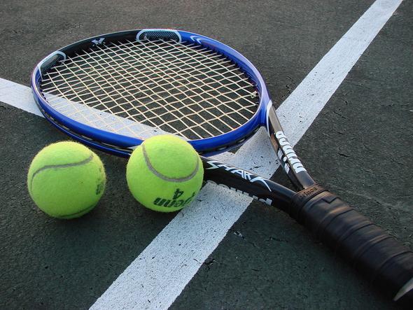 Tennis - (Geld, Tennis)