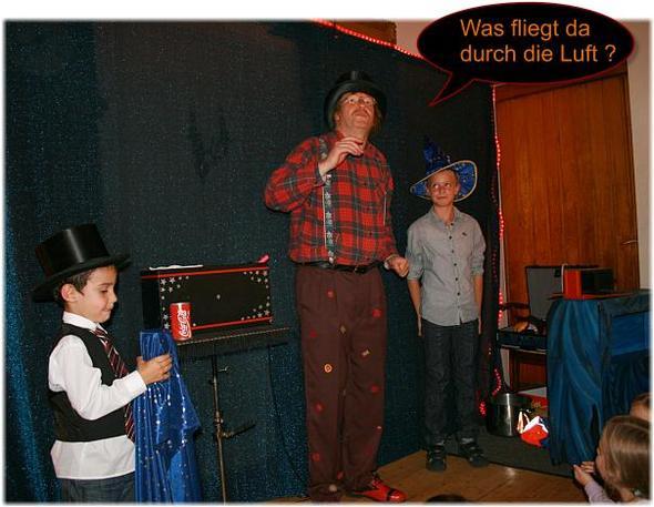 Zauberer für Kindergeburtstag, Mr.Woddy, Raum Menden, Neuenrade, Sundern - (Spiele, Kindergeburtstag, 9-jahre)