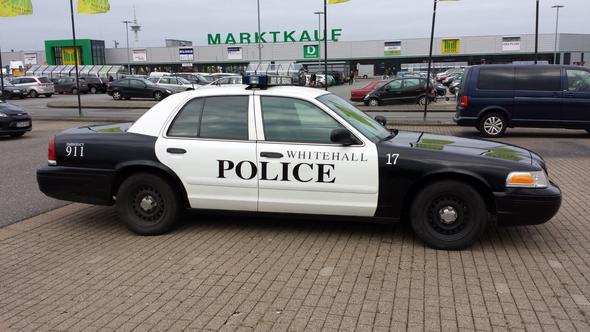 Police - (Recht, Verkehr, Blaulicht)