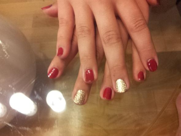 Meine Nägel jetzt :) - (Nägel, abknabbern)