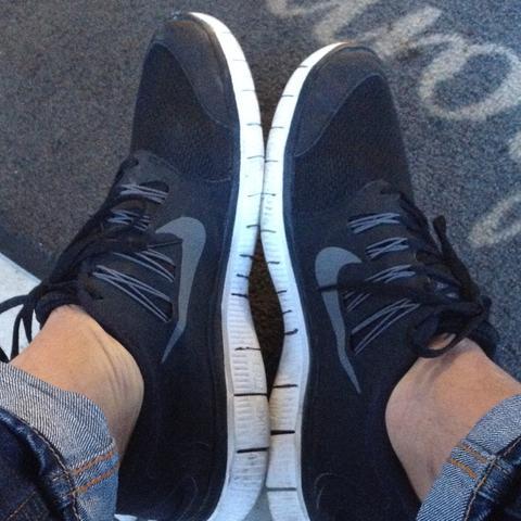 Frees - (Mode, Schuhe, Nike)