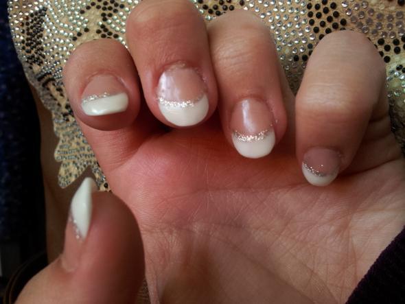 die ersten Acrylnägel - (Hand, Nägel, kauen)