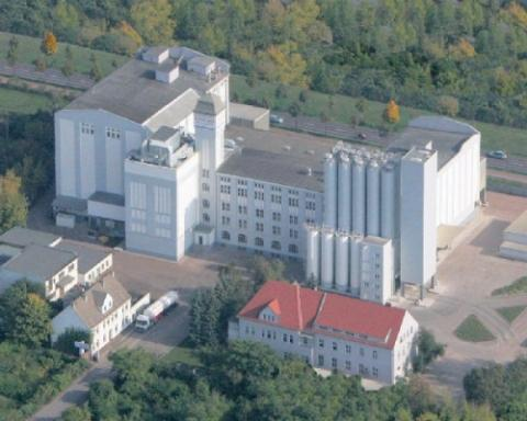 Das ist eine Großmühle von heute - (Schule, Beruf, Müller)