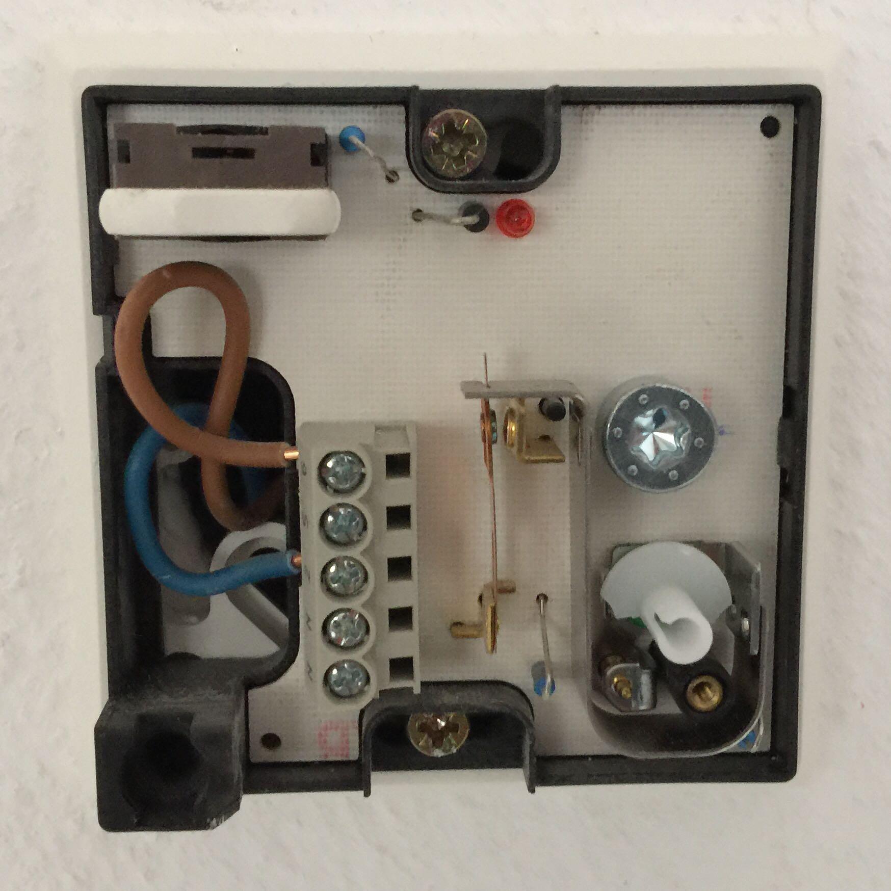kontrolleuchte thermostat fussbodenheizung richtig