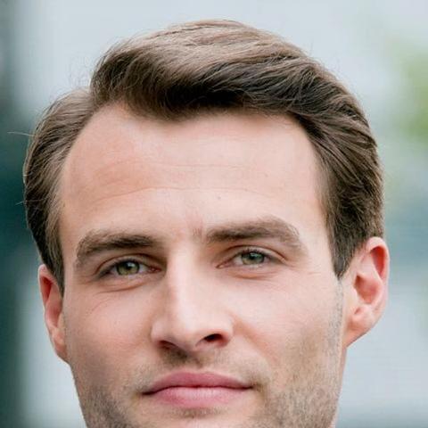 Frisuren Fur Jungs Mit Hoher Stirn Haarschnitte Beliebt In Europa