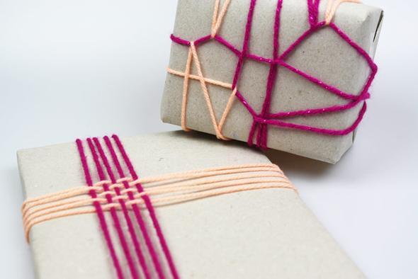 wie ca 1 kg schurwolle als geschenk verpacken d weihnachten ideen allgemeinwissen. Black Bedroom Furniture Sets. Home Design Ideas